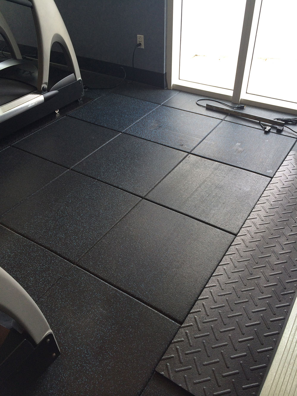 Gym flooring miami aspire elevator and floor services for Gym flooring